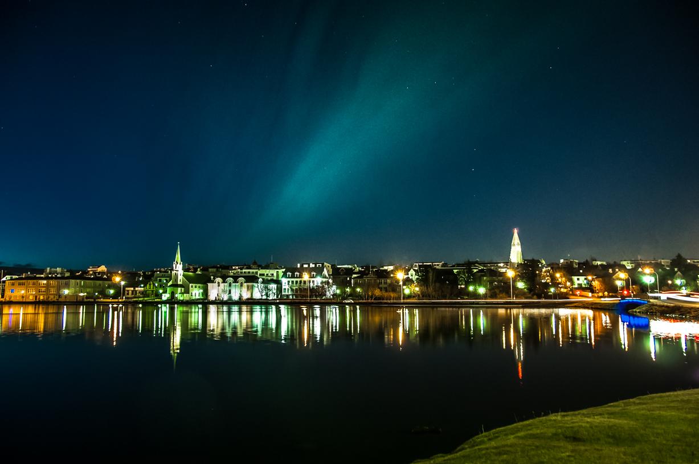 L'aurora boreale su Reykjavik