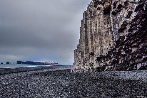 Reynisfjara, colonne di basalto -  (Reynisfjara, basaltic rocks)