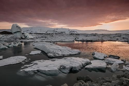 Jokulsarlon - tramonto sulla baia glaciale - (Jokulsarlon - glacial lagoon - sunset)