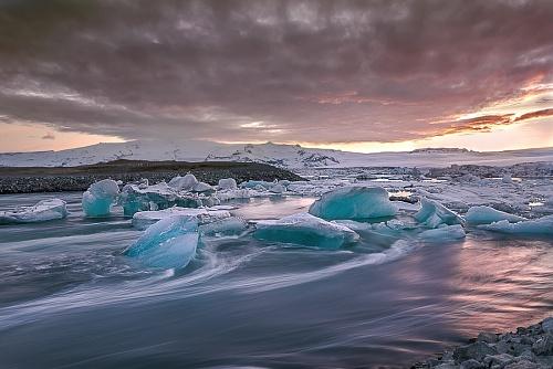 Tramonto su Jokulsarlon - Laguna glaciale ( Sunset on Jokulsarlon - Glacial lagoon)